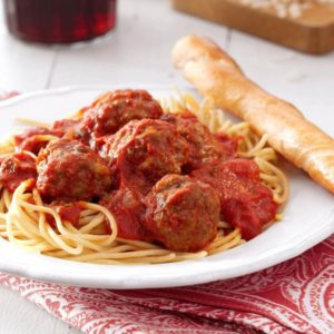 Delicious homemade tomato sauce tossed with your choice of pasta with meatballs